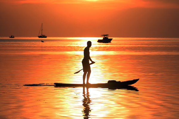 Sunset-Paddleboarding-with-SUP-Travel-Company